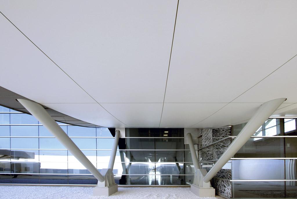 Fachada y techos de la Estación Antequera Santa Ana, trabajos realizados por Teisa