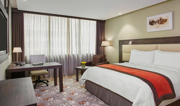 Crowne Plaza Hotel Bedrooms
