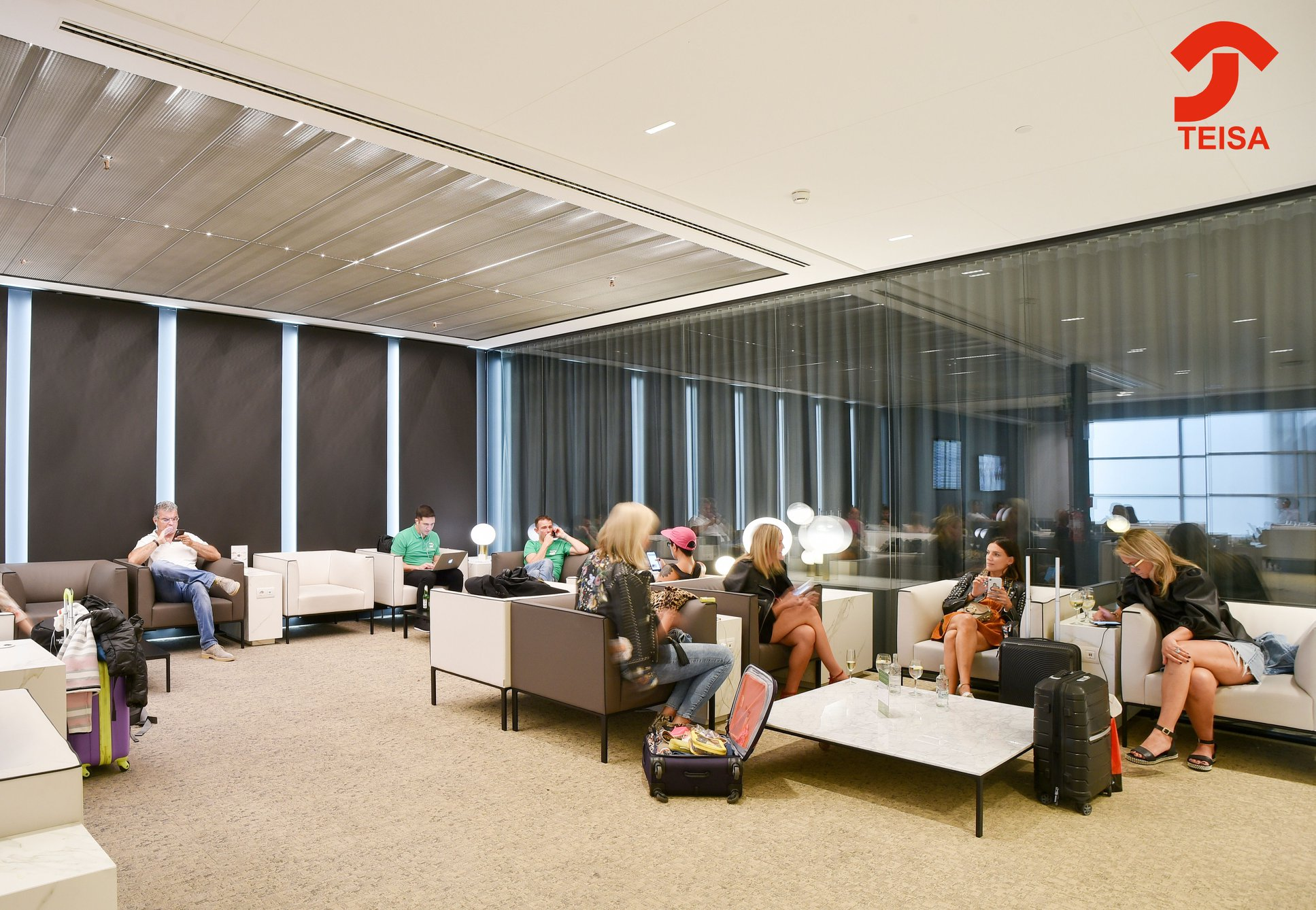 Sala Canudas VIP Lounge trabajos Teisa