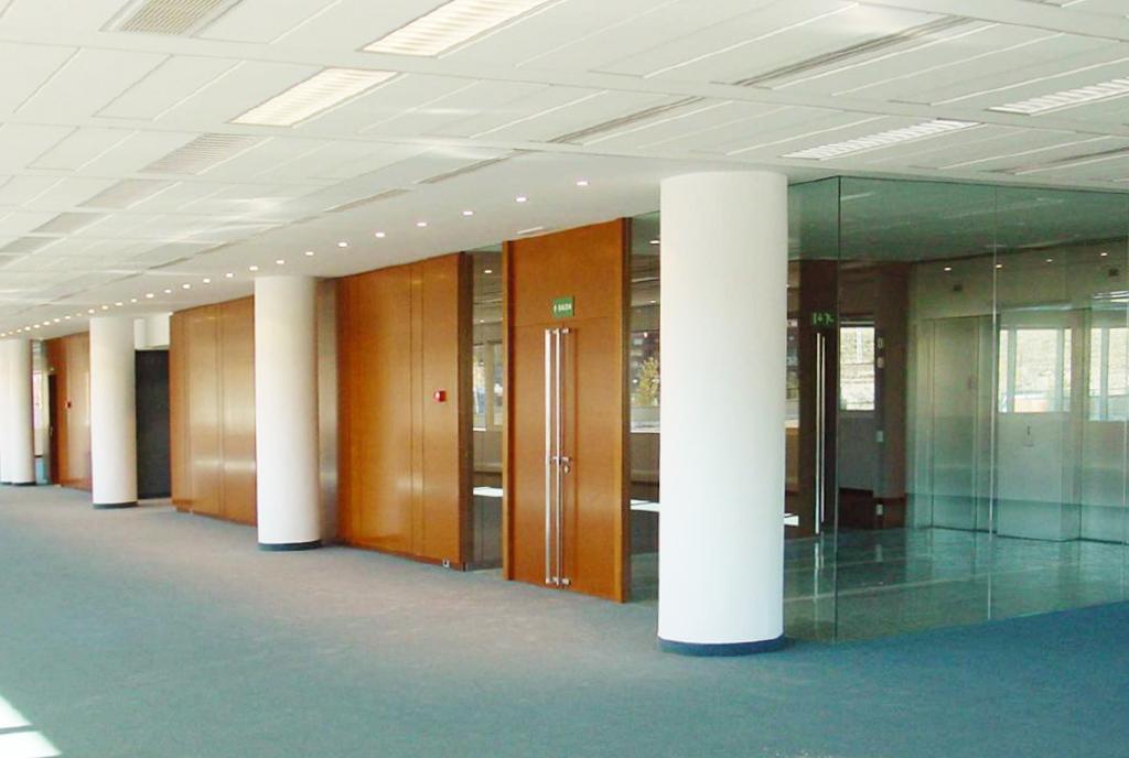 Mamparas divisorias para oficinas Teisa