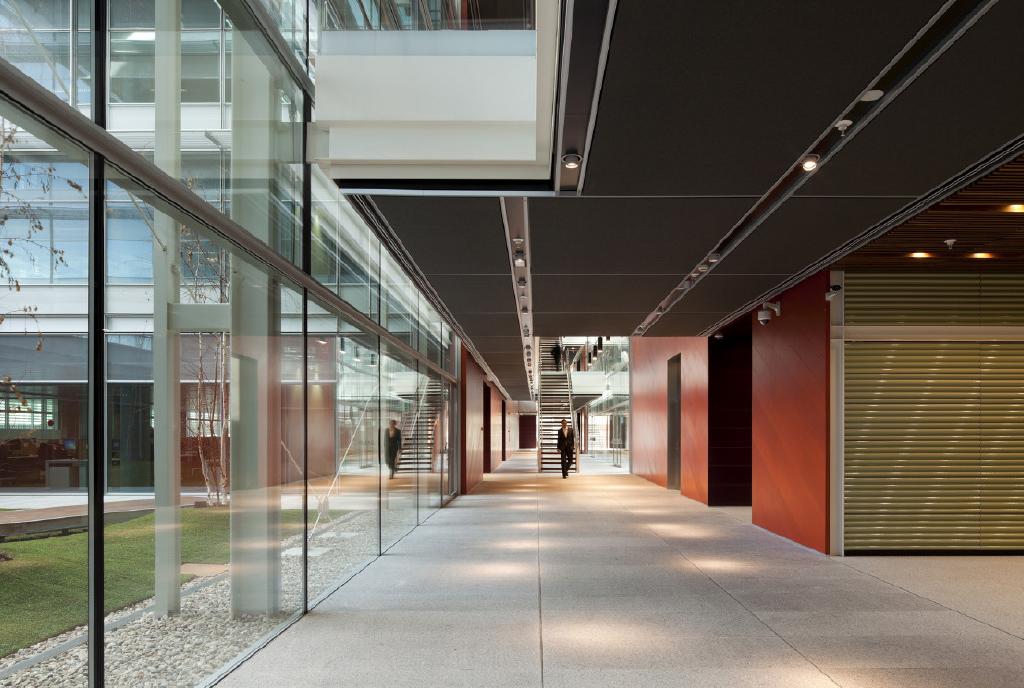 Puertas de paso oficinas trabajos Teisa